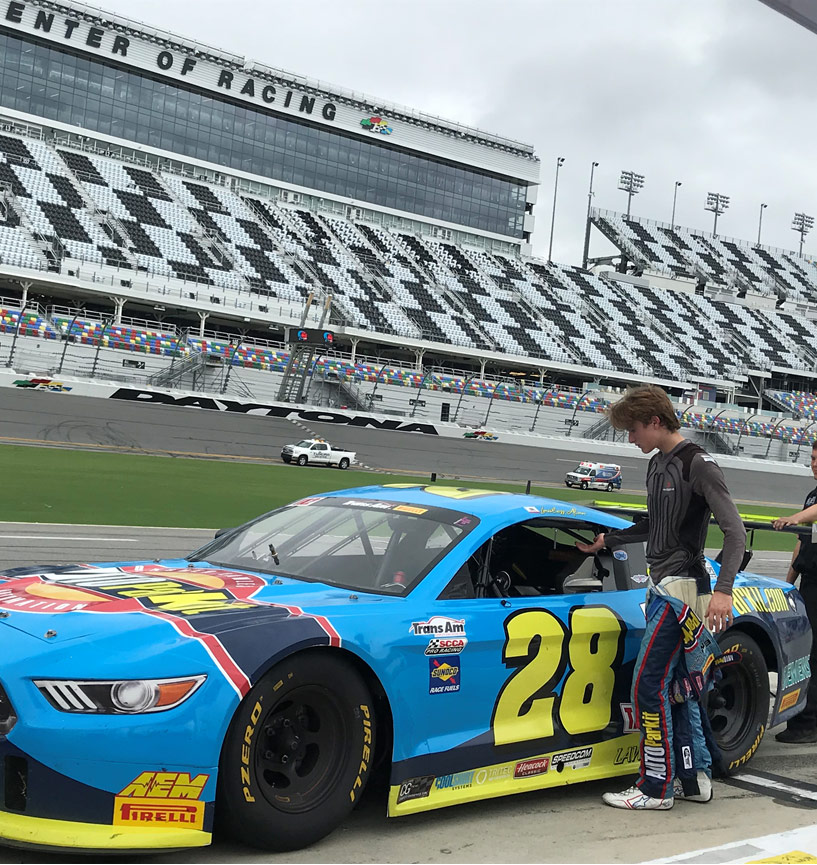 Lawless Alan Gets Ready for Daytona International Speedway